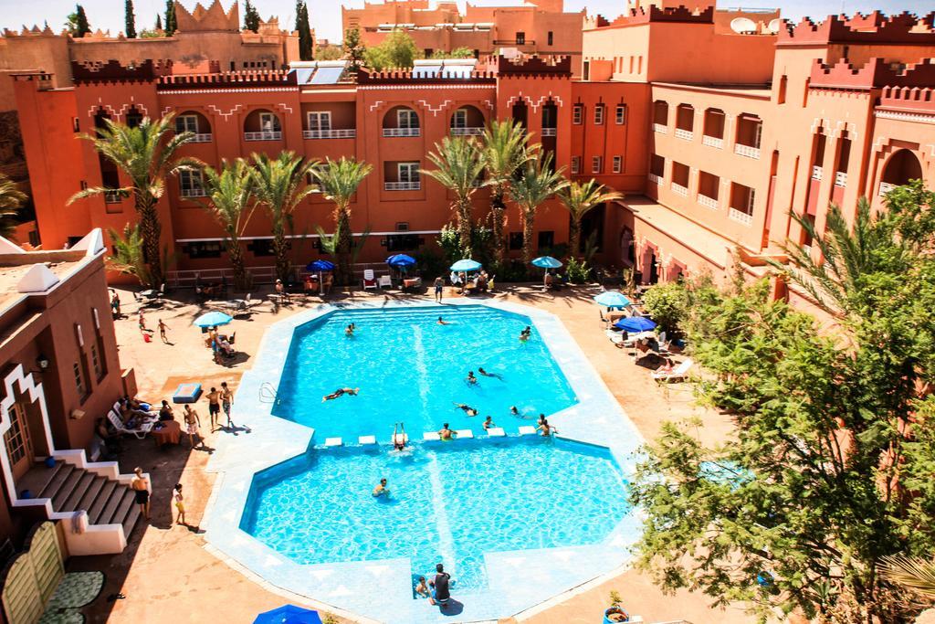 piscine hotel Farah Al Janoub