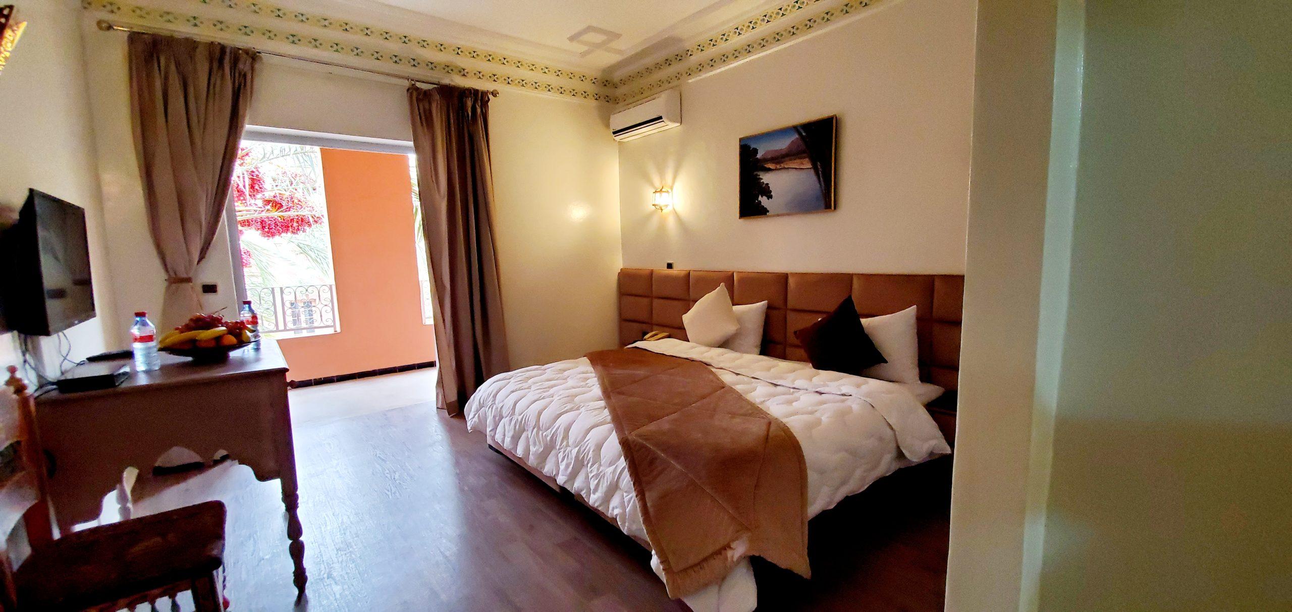 chambre deluxe hotel farah al ajnoub